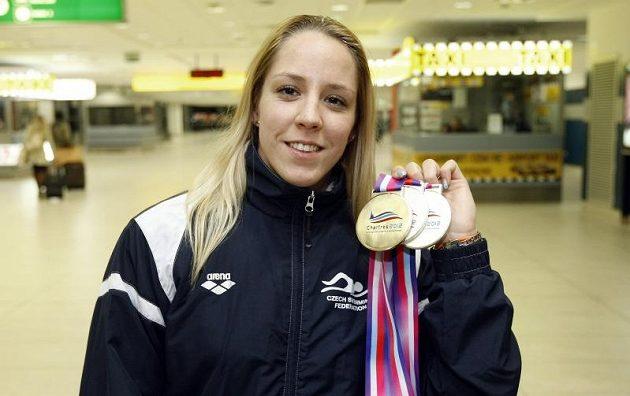 Plavkyně Petra Chocová získala ve Francii tři medaile.