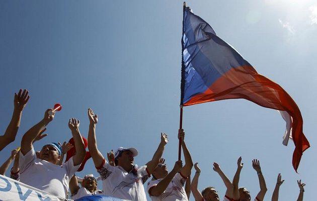 Čeští fanoušci byli skvělí. Daviscupový tým podporovali vehementně po celý víkend.