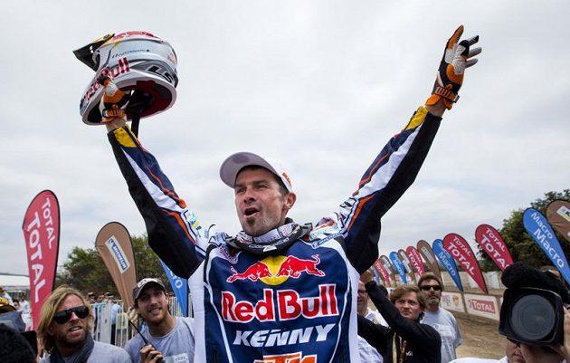 Cyril Despres se svým motocyklem KTM ovládl letošní Dakar.