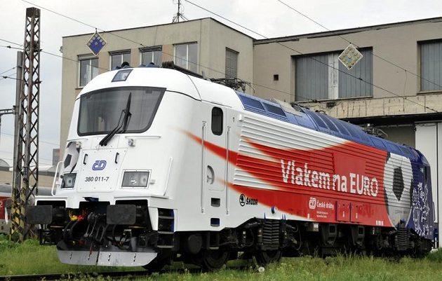 Lokomotiva ve středu poprvé vyjede na svou cestu do Polska, kde reprezentanti absolvují své zápasy ve skupině.