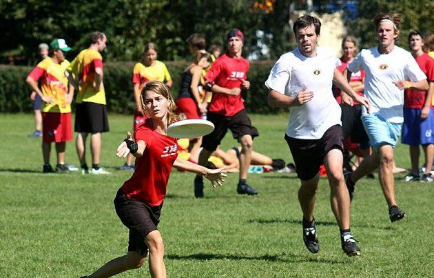 Mistrovství republiky v mixu bylo největším ligovým turnajem vhistorii. Sjelo se 270 hráčů z devatenácti týmů.