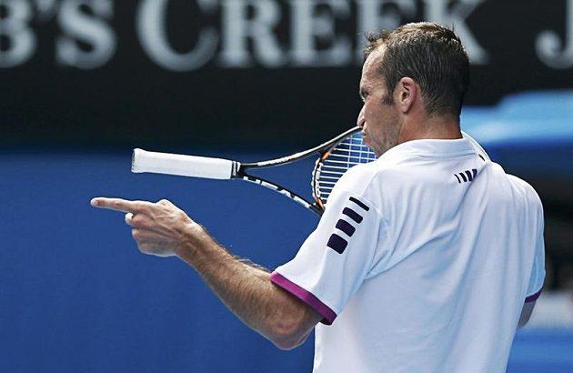 Velkou show předvedl proti Djokovičovi Radek Štěpánek. I přes porážku 0:3 na sety sklidil od fanoušků potlesk ve stoje a od expertů uznání za pestrou hru, z níž sálá radost z tenisu.