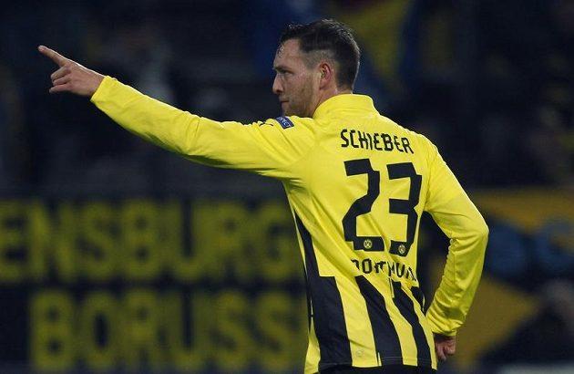 Julian Schieber z Borussie Dortmund se raduje z branky