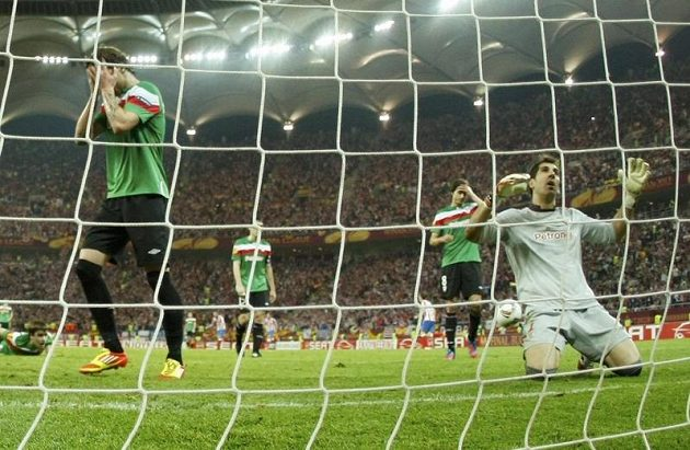 Fotbalistům Bilbaa zbyly jen oči pro pláč.