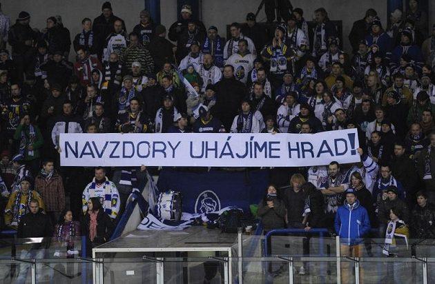 Fanoušci Rytířů v předehrávce 41. kola hokejové Tipsport extraligy mezi Kladnem a Kometou Brno.