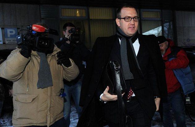 Majitel fotbalové Sparty Praha Daniel Křetínský přichází na jednání Disciplinární komice FAČR.