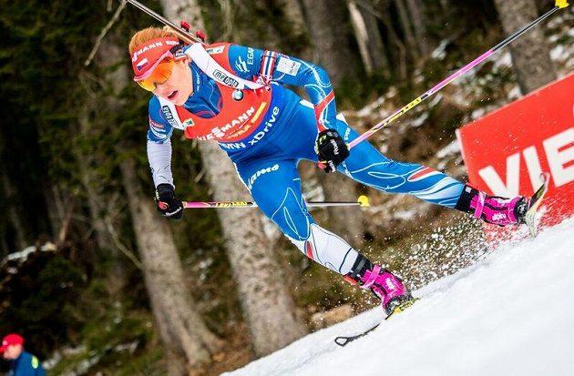 Gabriela Koukalová na trati sprintu závodu SP v Pokljuce.
