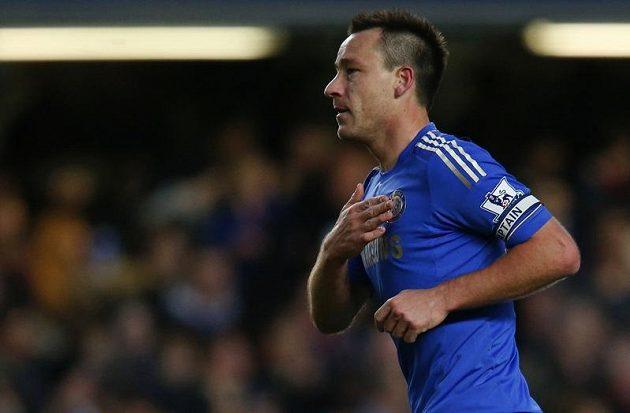 John Terry, kapitán Chelsea, se raduje z branky.