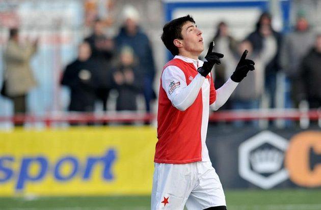 Robert Hrubý ze Slavie oslavuje svůj gól během utkání Tipsport ligy proti Jablonci.