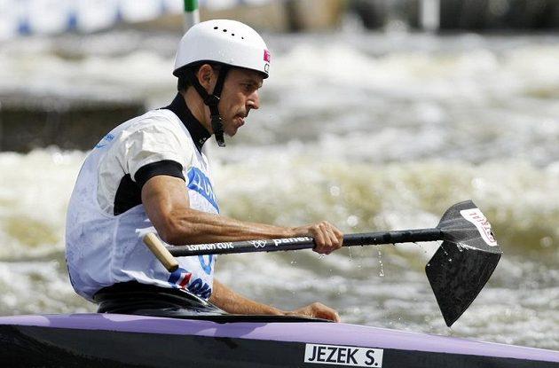 Stanislav Ježek zlomil ve finálové jízdě pádlo.