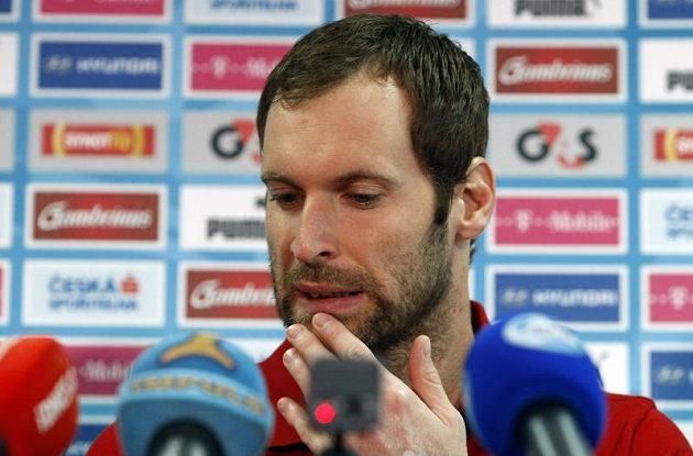 Petr Čech na tiskové konferenci po tréninku fotbalové reprezentace v polské Vratislavi