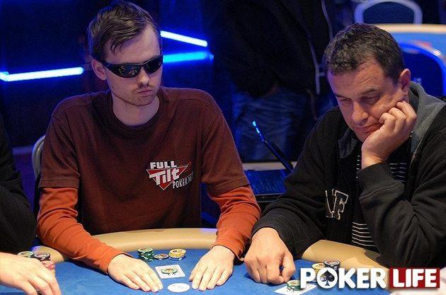V hlavním turnaji sice nikdo z našich na peníze nedosáhl, ale v side eventech si pánové Kabrhel a Růžička spravili náladu. Martin je přesto v minusu.