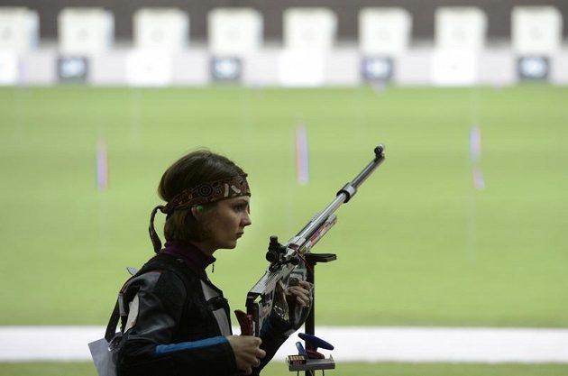 Střelkyně Kateřina Emmons v malorážce nepostoupila z kvalifikace.
