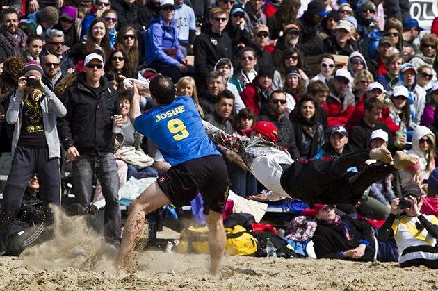 Španělský tým Corracotta předvedl v mixovém finále skvělý comeback, ale na vítězství to nakonec nestačilo.