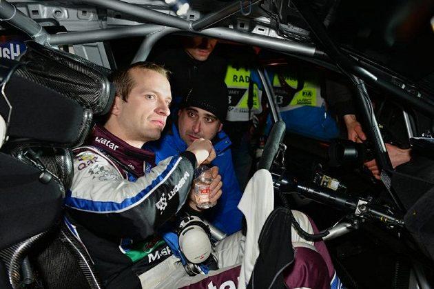 Fin Juho Hänninen po čtyřech letech ve Škodě Motorsport přešel ke konkurenci a s Fordem Fiesta WRC soutěží v elitní kategorii mistrovství světa.