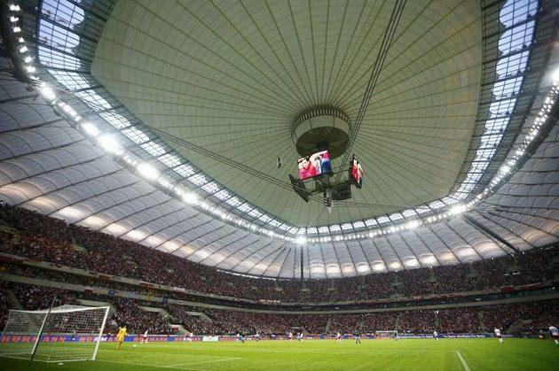 Střecha Národního stadiónu ve Varšavě zůstala po úterním faux pas tentokrát během zápasu fotbalistů Polska s Anglií uzavřená