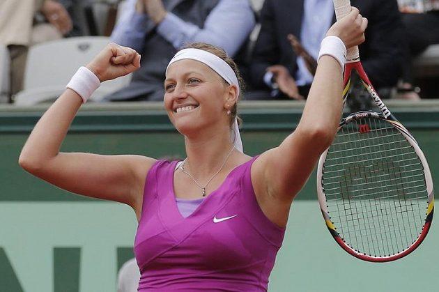 Petra Kvitová se raduje z postupu do semifinále French Open