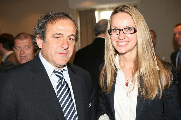 Markéta Haindlová a šéf UEFA Michel Platini.