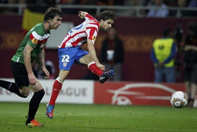 Pojistku na triumf v Evropské lize přidal třetím gólem Diego.