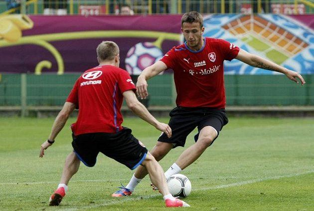 Tomáš Pekhart a Daniel Kolář na tréninku českého týmu po zápase s Řeckem