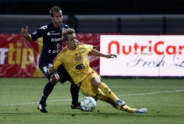 Berger z Dukly padá v souboji s Kubáňem ze Slovácka.