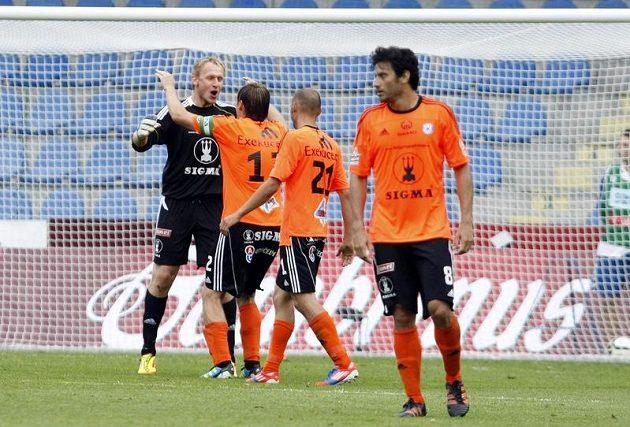 Fotbalisté Olomouce se radují z vítězství nad Libercem v zápase českého Superpoháru.