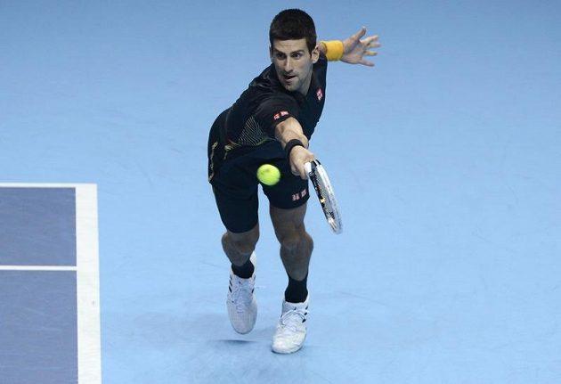 Srbský tenista Novak Djokovič během finále Turnaje mistrů.