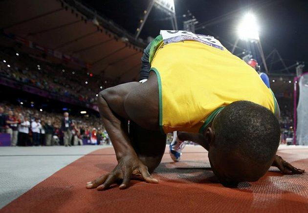 Díky, londýnský tartane! Usain Bolt obhájil zlato z Pekingu.