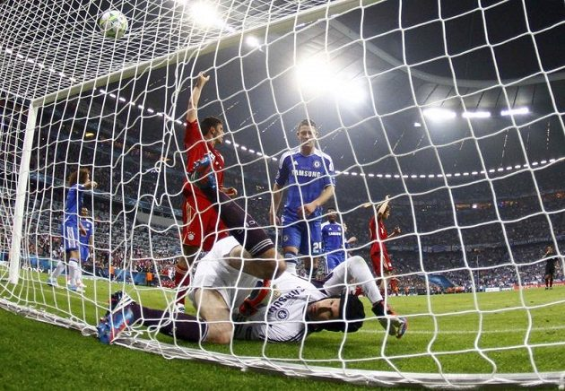 Tenhle složitý moment ještě Petr Čech dokázal vyřešit