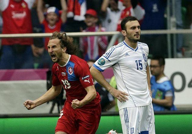Petr Jiráček se raduje z gólu proti Řecku.