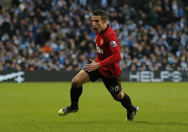 Robin Van Persie rozhoduje! Útočník Manchesteru United vstřelil gól v nastaveném čase.