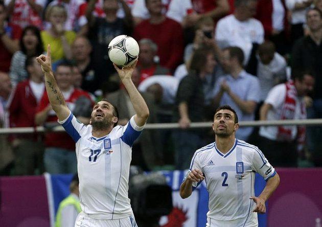 Řek Theofanis Gekas se raduje z gólu proti České republice