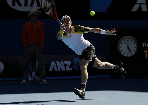 Andy Murray v utkání proti Jeremymu Chardymu.