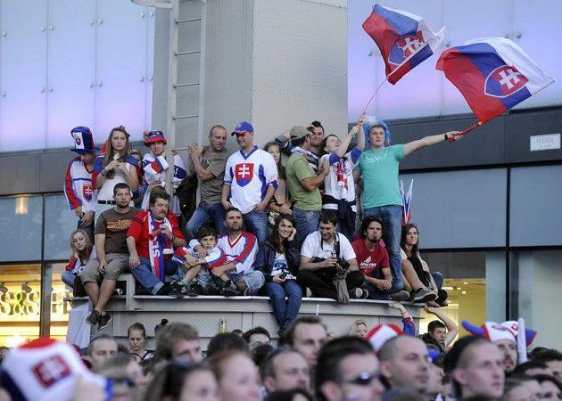Fanoušci v Bratislavě sledují finálový boj hokejových reprezantantů na MS s Rusy