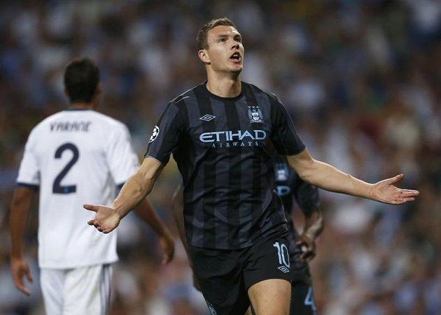 Edin Džeko dostal Manchester City na stadiónu Santiaga Bernabeu do vedení