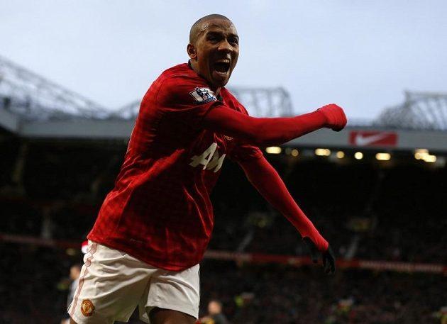 Po akci záložníka Ashleyho Younga padla první branka Manchesteru United nad WBA.