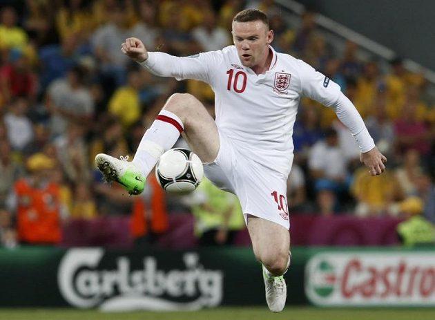 Anglický útočník Wayne Rooney v akci
