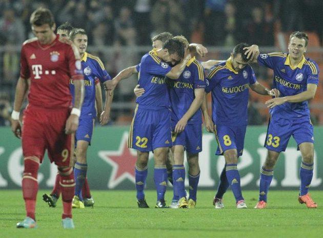 Hráči Borisova se radují po první trefě Alexandra Pavlova, Bayern nakonec senzačně padl