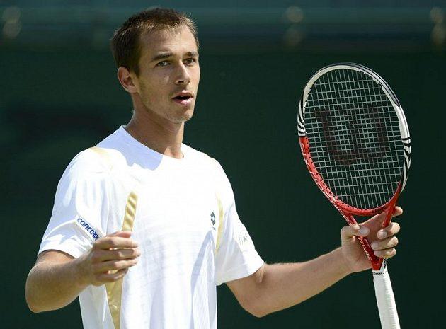 Lukáš Rosol po senzačním vyřazení Rafaela Nadala prohrál ve 3. kole Wimbledonu s Němcem Kohlschreiberem.