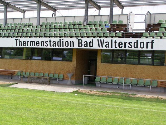 Stadión týmu Bad Waltersdorf bude na týden místem přípravy české reprezentace.