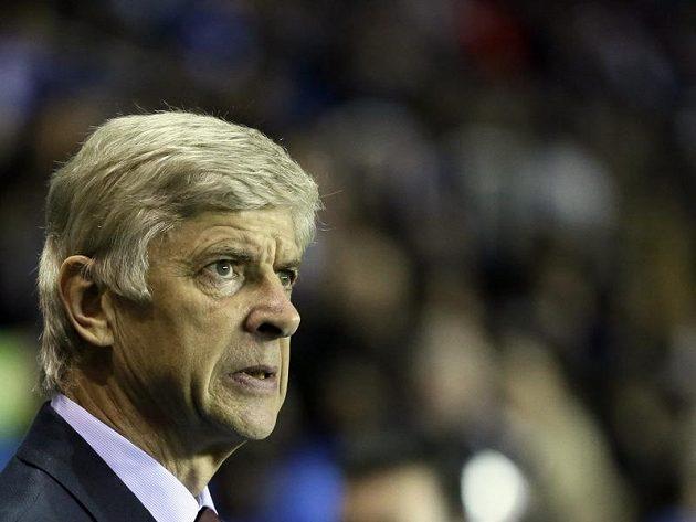 Trenér Arsenalu Arséne Wenger se asi necítil nejlépe.