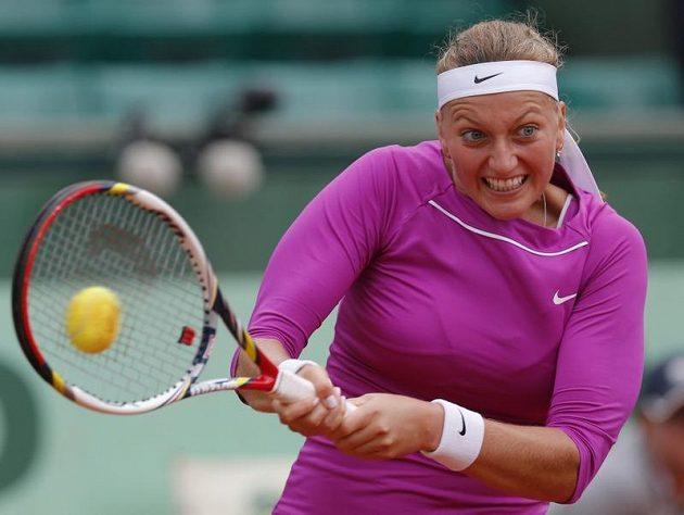 Petra Kvitová musela o postup do semifinále Roland Garros tvrdě bojovat.