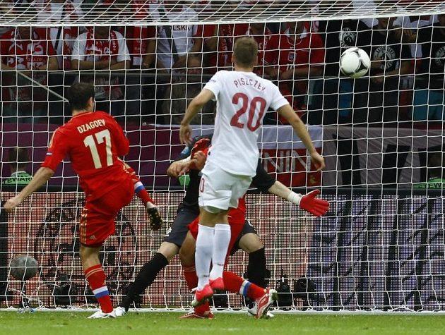 Alan Dzagojev poslal Rusko do vedení proti Polsku
