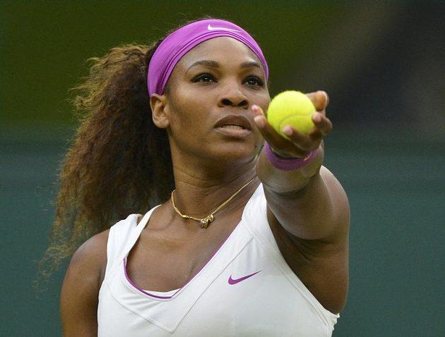 Američanka Serena Williamsová, čtyřnásobná šampiónka Wimbledonu, byla nad síly Petry Kvitové