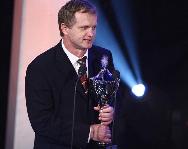Zdeněk Venera s cenou pro nejlepšího trenéra