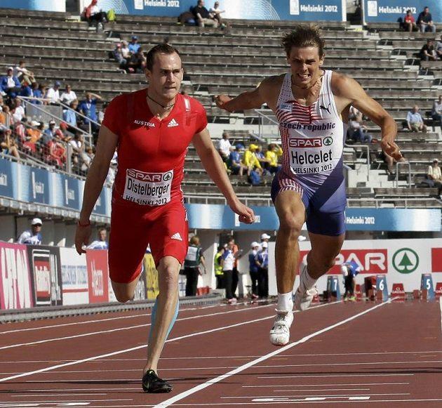 Adam Sebastian Helcelet (vpravo) v úvodní disciplíně desetiboje, sprintu na sto metrů