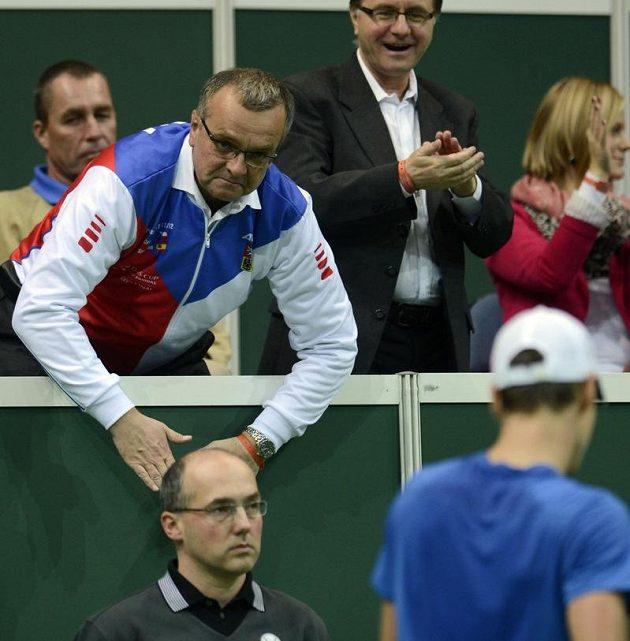 Šéf financí Miroslav Kalousek fandil tenistům celé tři dny.