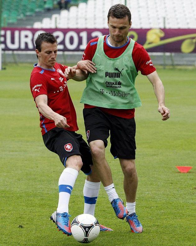 Vladimír Darida a David Lafata na tréninku českého týmu po zápase s Řeckem