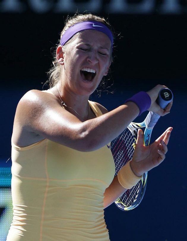 Viktoria Azarenková po vítězném míči v duelu se Stephensovou.