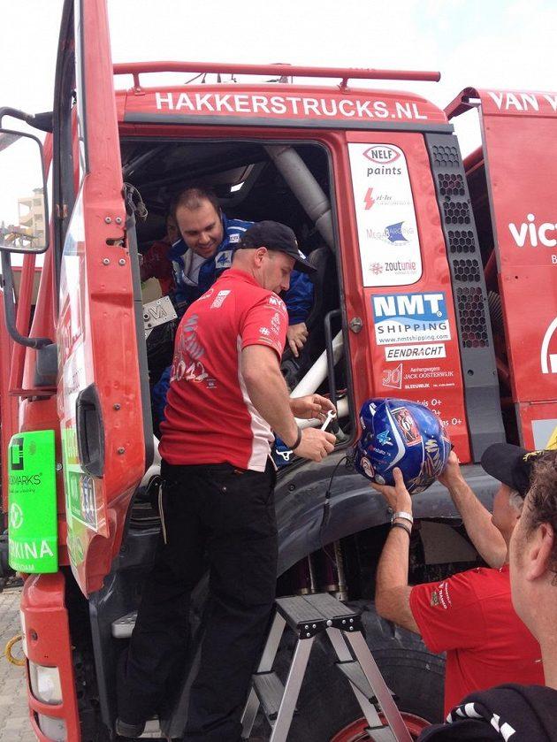 Aleš Loprais za volantem kamionu MAN stáje Veka